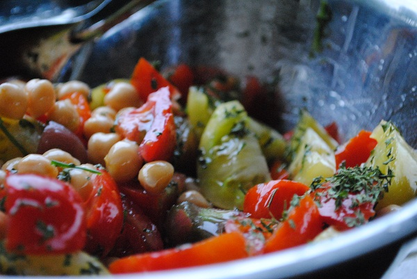 Heirloom Tomato & Chickpea Salad