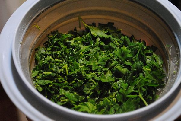 How to Preserve Fresh Parsley | My Halal Kitchen
