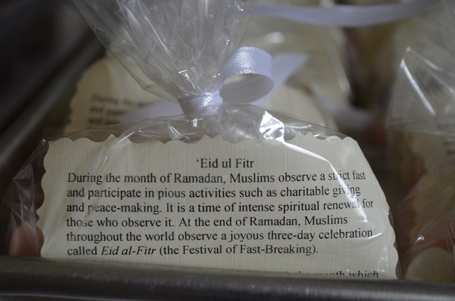 Tell Your Neighbors About Ramadan and 'Eid With Homemade Goodie Bags