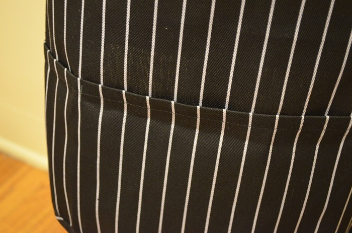 striped grill lovers apron horizontal
