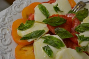 Insalata Caprese | My Halal Kitchen