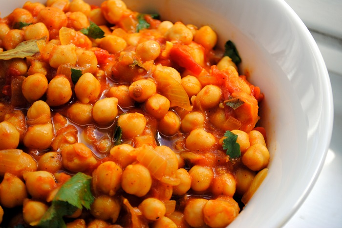 Cholay indian spiced chickpea curry my halal kitchen by yvonne cholay iftar recipes my halal kitchen forumfinder Image collections