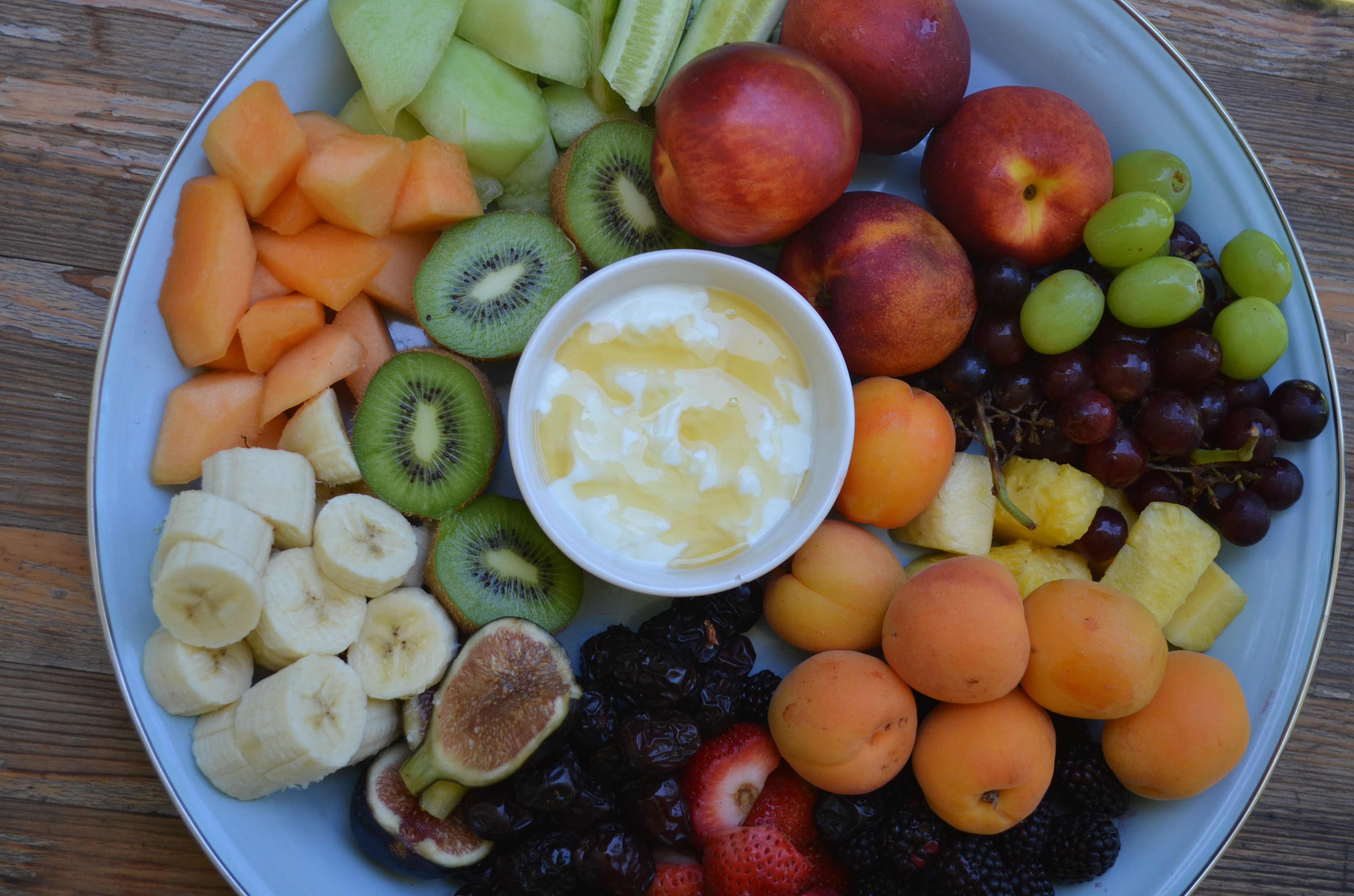 Party Platter Fruit Salad With Yogurt Honey Yvonne Maffei Home Lifestyle