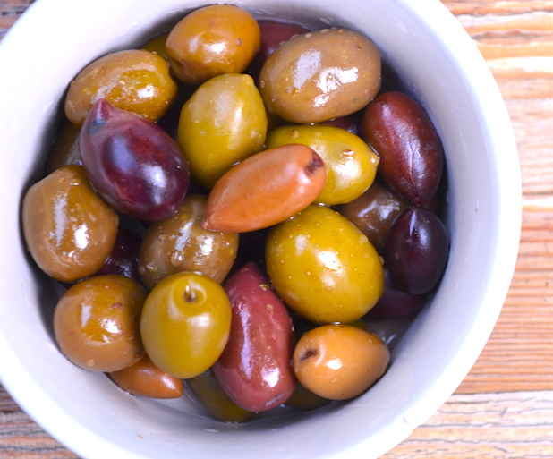 Fresh Greek Olive Mix