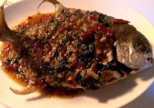Fried pompano w/ Thai chili sauce. By Kathleen DeLeon