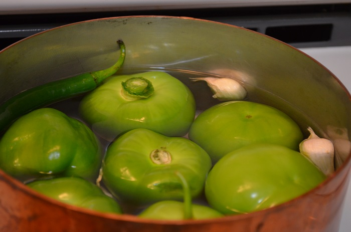 boil tomatillos