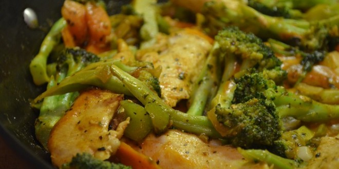 Thai Red Curry Chicken & Vegetables Stir Fry
