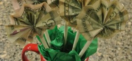 DIY Dollar Bill Bouquet