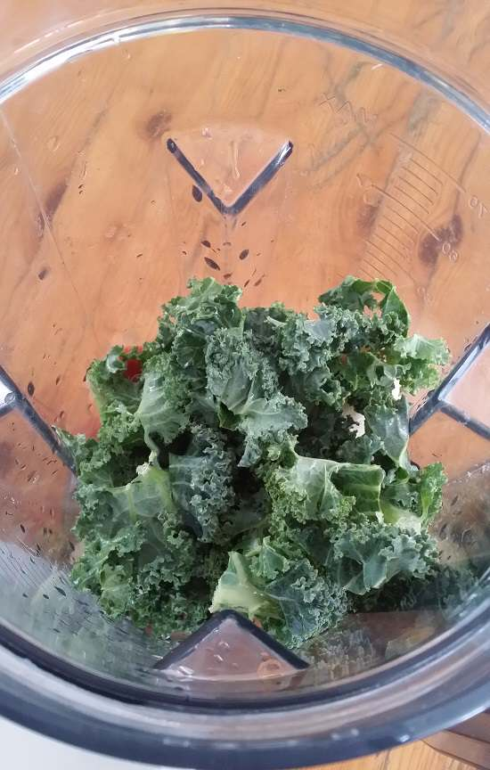 kale in blender