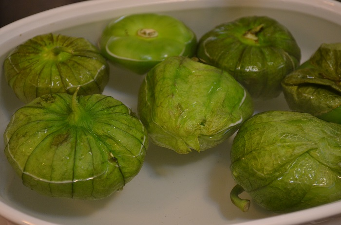 soaking tomatillos