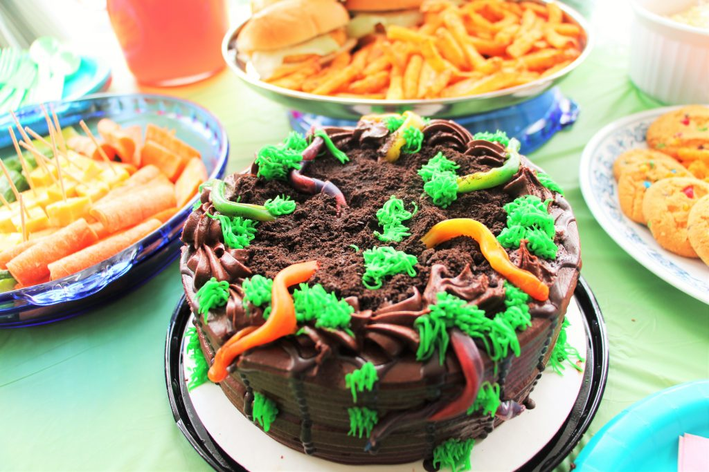 spring worm cake3